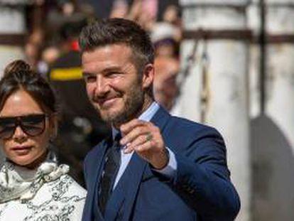 Victoria junto a su marido, el exfutbolista David Beckham.