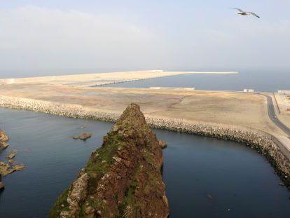 El dique Torres, de la ampliación del Musel, hace un año.