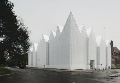 Edificio para la Filarmónica de Szczecin (Polonia), de Fabrizio Barozzi y Alberto Veiga, ganador del Premio Mies van der Rohe 2015.