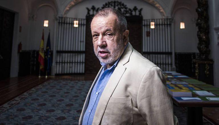 Francisco Fernández Marugán, en la sede del Defensor del Pueblo, el pasado mes de julio.