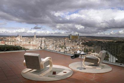 Terraza con vistas en el Parador de Toledo.
