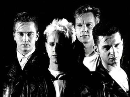 La banda en una foto promocional de 'Violator' (1990).