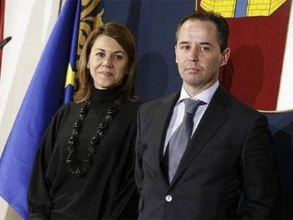 Andrés Gómez Gordo, junto a María Dolores de Cospedal, en su etapa de asesor de la entonces presidenta de Castilla-La Mancha.