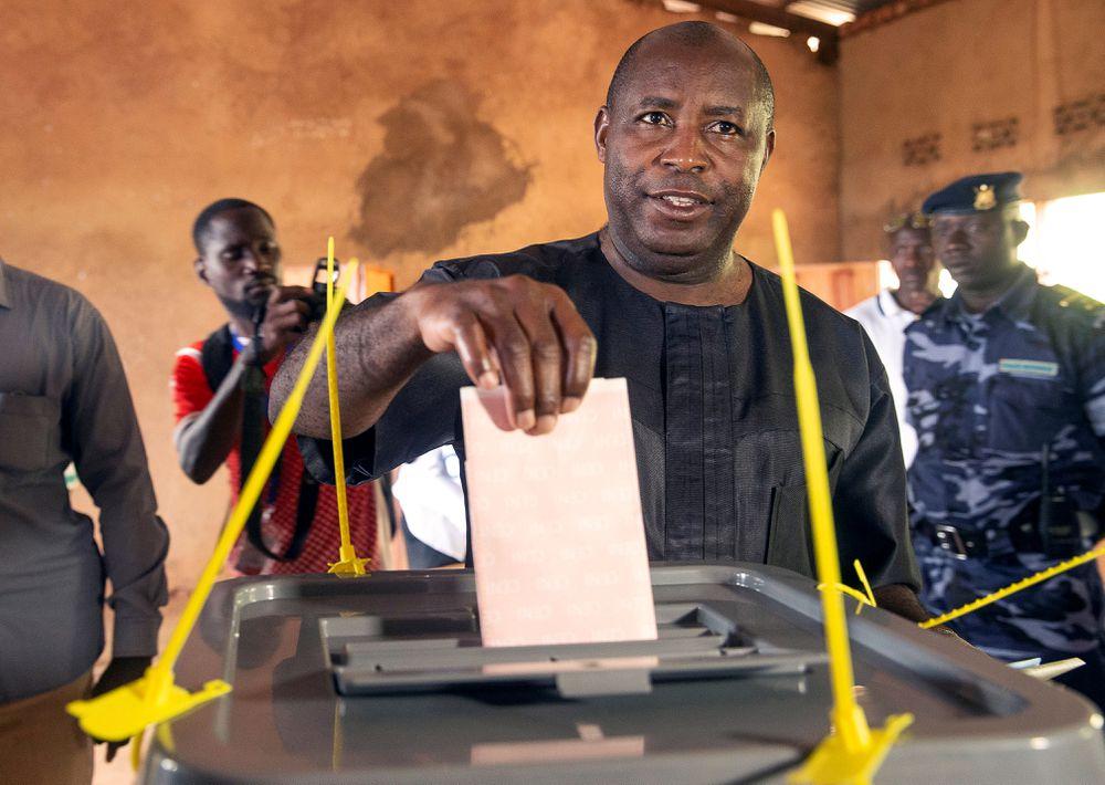 El candidato oficialista Ndayishimiye es elegido presidente de Burundi entre denuncias de fraude