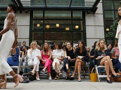 Un 'front row' en la Semana de la Moda de Nueva York.