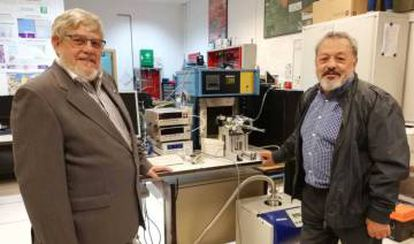 José Manuel Grandela, a la izquierda, y Carlos González.