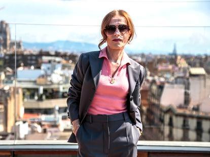 Isabelle Huppert posa en el hotel Majestic durante el festival BCN en Barcelona.