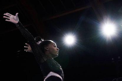 La gimnasta estadounidense Simone Biles, durante una sesión de entrenamiento.