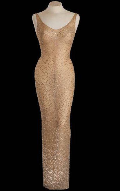 """El vestido que Marilyn Monroe usó el día que le cantó """"Cumpleaños feliz"""" a Kennedy."""