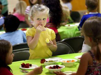 Ana, cocinera de la E. I. El Girasol, nos ofrece una guía básica para alimentar a nuestros hijos en la época estival