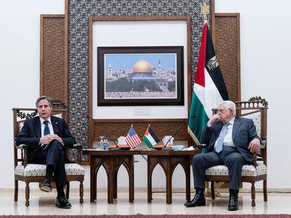 El secretario de Estado de EE UU, Antony Blinken, y el presidente palestino, Mahmud Abbas, el 25 de mayo de 2021 en Ramala.