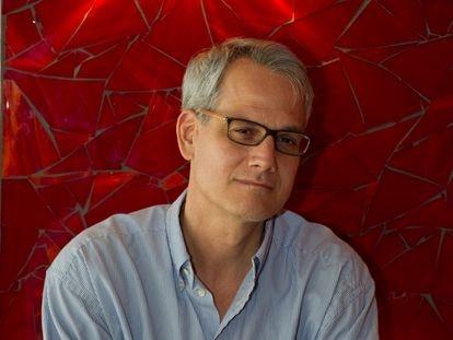 Blake Bailey, autor de la biografía de Philip Roth, en Los Ángeles en 2013.