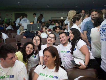 Participantes en el encuentro del movimiento RenovaBR, que forma a futuros políticos en Brasil, celebrado en São Paulo.