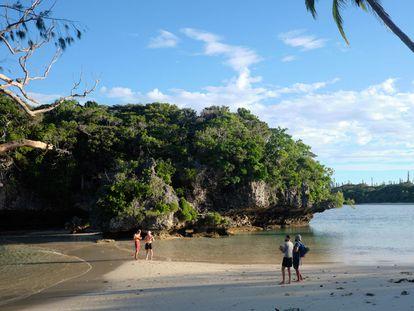 Una playa de la Isla de los Pinos, en Nueva Caledonia, el 17 de mayo