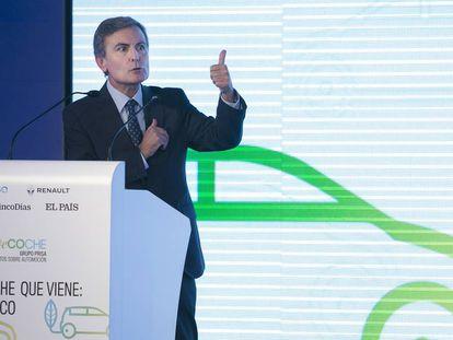 Pedro Saura, secretario de Estado de Infraestructura,Transporte y Vivienda del Ministerio de Fomento inaugurando este viernes el foro 'El Coche que Viene: 100% Eco'.