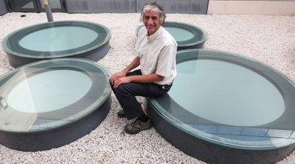 El físico John Martinis, de Google, en la sede del Instituto de Ciencias Matemáticas de Madrid.