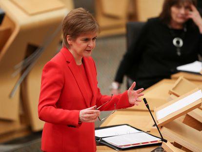 La ministra principal de Escocia, Nicola Sturgeon, en el Parlamento de Edimburgo el pasado 19 de enero.