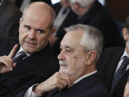 Manuel Chaves (izquierda) y José Antonio Griñán, durante el juicio de los ERE.