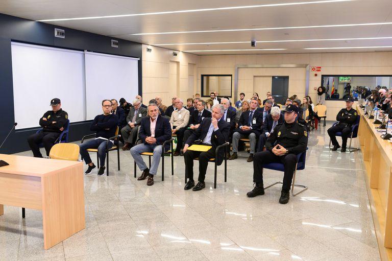 El banquillo de los acusados en el juicio del 'caso Gürtel' sobre la visita del Papa a Valencia.