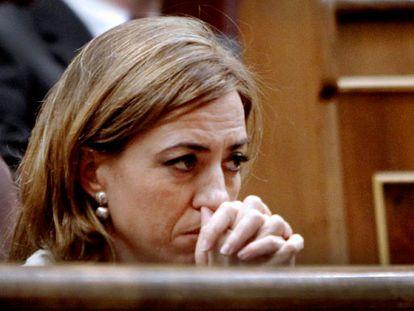 Chacón advierte de que un adelanto electoral pillaría al PSOE sin primarias