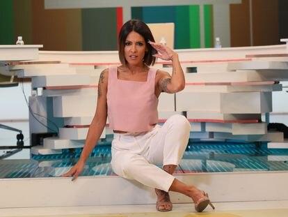 Lorena Castell presentadora de 'Zapeando' a principios de julio, en los estudios de Mediapro.