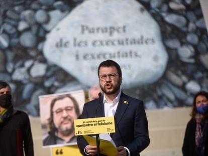 El candidato de ERC a la Presidencia de la Generalitat, Pere Aragonès, en un acto de campaña en el Camp de la Bota de Barcelona.