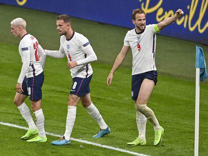 Harry Kane celebra el segundo gol de su equipo, en la prórroga.