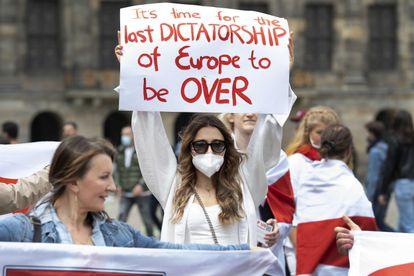 Protesta contra Lukashenko en Amsterdam.