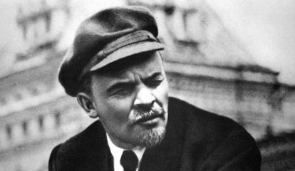 Lenin en la Plaza Roja de Moscú en 1919.