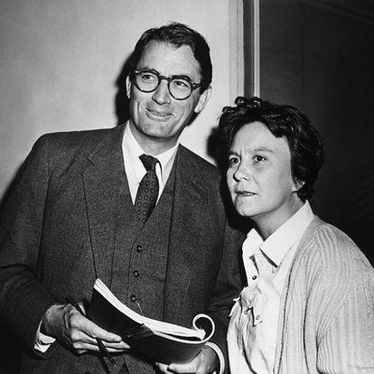 El actor Gregory Peck y Harper Lee durante el rodaje de Matar a un ruiseñor