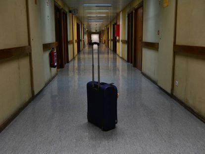 Los repatriados españoles comienzan los preparativos para abandonar la cuarentena.