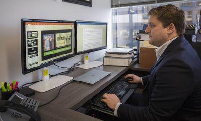 El abogado Brent Wisner, en su despacho de la firma Baum Hedlund Aristei Goldman, el miércoles en Los Ángeles.