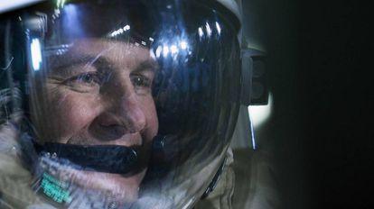El astronauta ruso Segei Ryazansky durante una sesión de entrenamiento en Ciudad de las Estrellas a las afuera de Moscú.