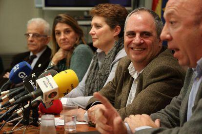 Albert Ballesta, el segundo por la derecha.