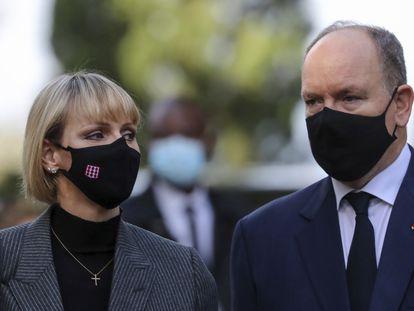 Alberto de Mónaco, son su esposa Charlène el pasado 7 de noviembre.