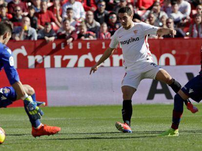 FOTO: Ben Yedder hace el primer gol del Sevilla. / VÍDEO: Declaraciones de lo entrenadores tras el partido.