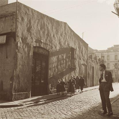 Antiguo Bar Montseny, en el barrio de Gràcia de Barcelona. Foto de Joaquín Tusquets de 1955.