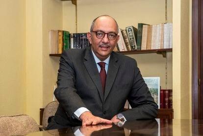 El embajador de Egipto en España, Omar Selim, en la sede de la legación diplomática en Madrid.