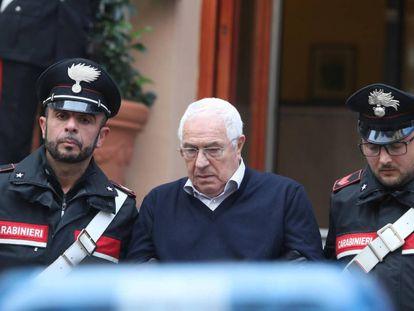 Settimio Mineo, en el momento de su detención por los carabinieri.