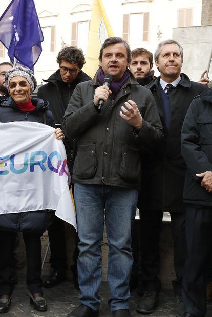 Carlo Calenda habla en una manifestación contra la reforma de la justicia en 2020.