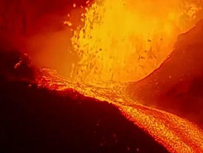 Erupción en La Palma, este lunes.