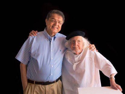 El escritor Sergio Ramírez junto al poeta Ernesto Cardenal.