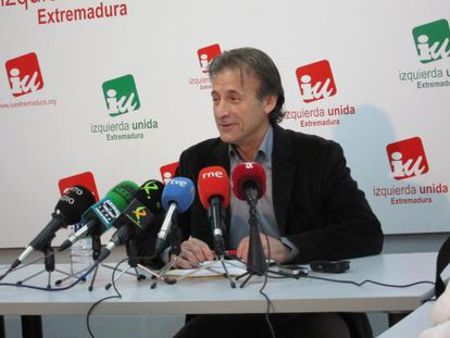 Pedro Escobar, cabeza de lista de IU en Extremadura