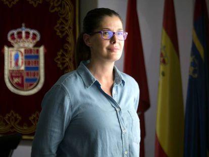 La alcaldesa de Móstoles, Noelia Posse, en su despacho del Ayuntamiento. En vídeo, entrevista a la alcaldesa.