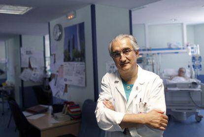Juan Carlos Montejo González, coordinador de la Unidad de Cuidados Intensivos del hospital 12 de Octubre.