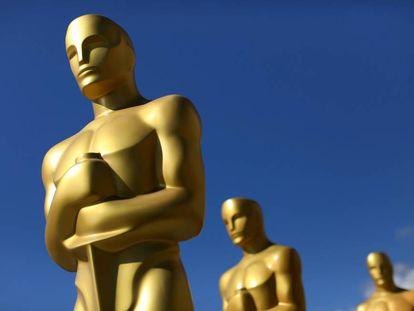 Las legendarias estatuillas de los Oscar de Hollywood.