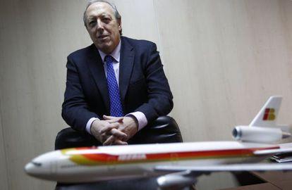 Justo Peral, responsable del SEPLA en Iberia, en su despacho.