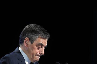 Comparecencia de Fillon, en las afueras de París, este sábado