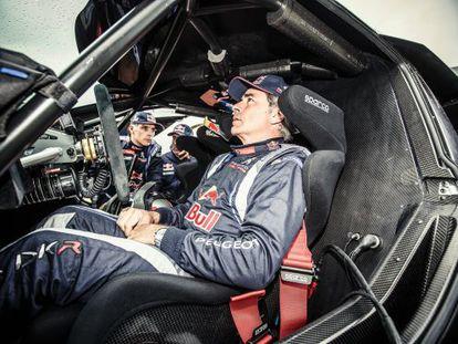 El piloto, durante la primera prueba de su nuevo bólido, en Francia el pasado verano.
