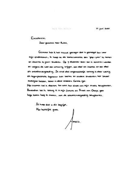 La carta manuscrita enviada por Amalia de Países Bajos al primer ministro Mark Rutte por la que renuncia a su asignación hasta terminar sus estudios.